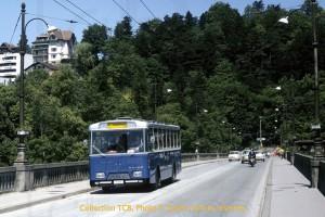 03.06.1972 - Autobus TF 53 flambant neuf sur le pont Zaehringen (Photo P. Sutter, coll. TCB, DR)