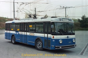 Mai 1985 - trolleybus 39 sorti de révision (photo TF, collection CTF)