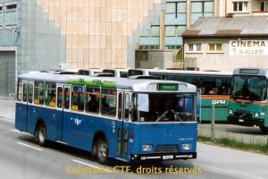 1990 - Lors d'une déviation par la route des Arsenaux (Photo R. Gäumann, DR)