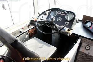 Poste de conduite des autobus B58 TF 51 à 63 (photo TP)