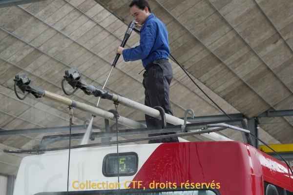 10.05.2014 - Action nettoyage de la 512 ! (photo E. Baeriswyl)