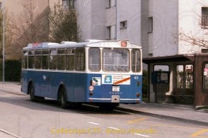Mai 1985 - La 63 au terminus de Torry, au temps où les Volvo B58 représentaient l'autobus typique à Fribourg. (Photo T. Portmann, DR)