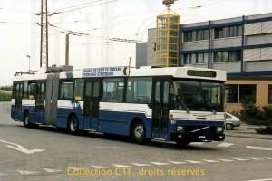 Août 1988 - Le bimode de pré-série dans l'ancienne boucle de Moncor. (photo T. Portmann, DR)