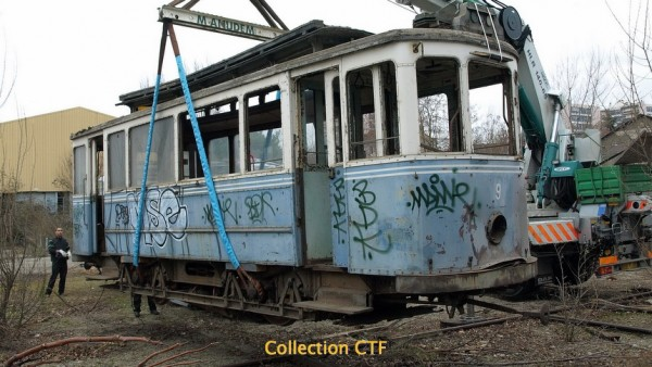 Restauration du tram no 9